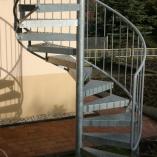 Spindeltreppe mit Lochblechstufen, Treppenturm