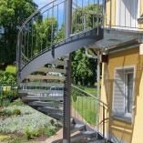 Aussenspindeltreppe mit Gitterroststufen, alte Mühle