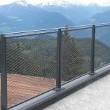 Geländer mit Steckmetallfüllung