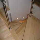 Spindeltreppe mit Formblechkonsole als Geschäftstreppe