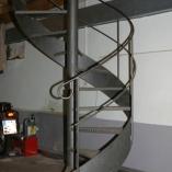 Spindeltreppe Landhaus-Stil als Geschäftstreppe