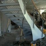Bogentreppe im Aufbau