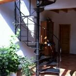 Innentreppe im Landhaus-Stil