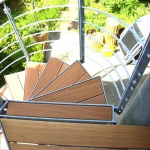 SSH: Spindeltreppe für Holzeinlage
